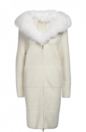 Пальто вязаное Colombo. Цвет: белый