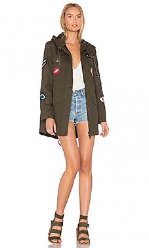 Пальто с карманами карго и эксклюзивными нашивками jocelyn. Цвет: военный стиль