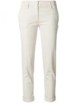 Укороченные строгие брюки Aspesi. Цвет: телесный