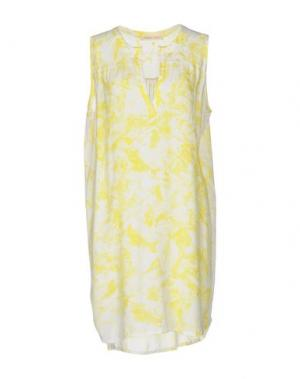 Короткое платье MONICA •LENDINEZ. Цвет: желтый