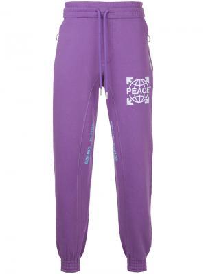 Спортивные брюки Globe Off-White. Цвет: розовый и фиолетовый