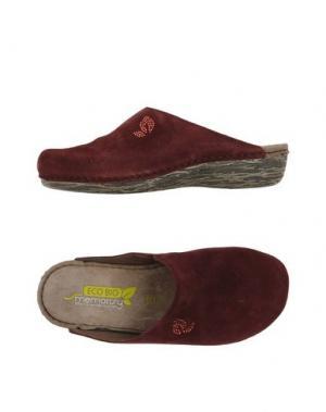 Домашние туфли MISS ROBERTA. Цвет: красно-коричневый