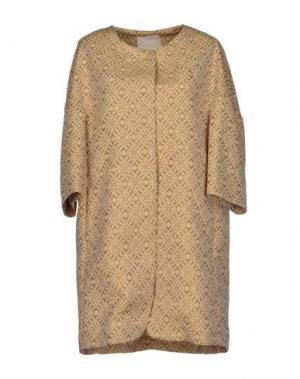 Легкое пальто TROU AUX BICHES. Цвет: бежевый