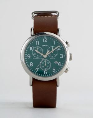 Timex Большие часы с кожаным ремешком и хронографом. Цвет: коричневый