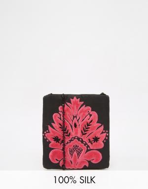 Moyna Черная сумка через плечо с розовой вышивкой