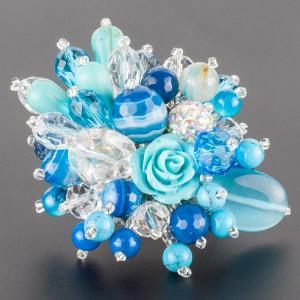Брошь Флоренсия самоцветы, пластик, арт. бшС-2962 Бусики-Колечки. Цвет: голубой