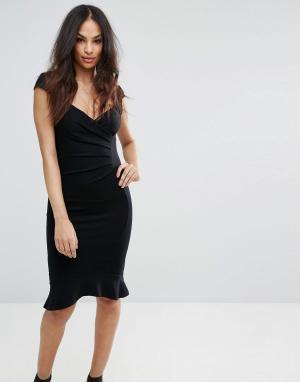 Lipsy Облегающее платье с клешем. Цвет: черный