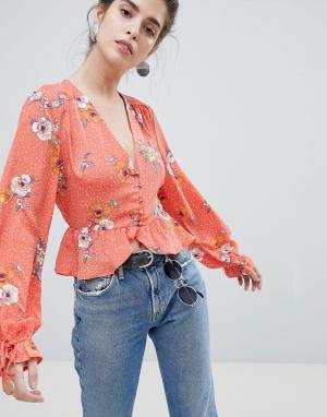 Neon Rose Чайная блузка в горошек с цветочным принтом и завязками на рукавах Neo. Цвет: красный