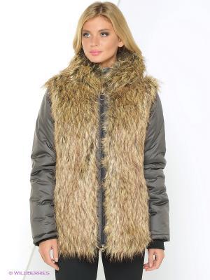 Куртка Shelter. Цвет: коричневый