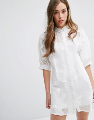 Little White Lies Платье на пуговицах Avia. Цвет: белый