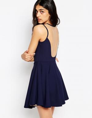 Lovestruck Короткое приталенное платье с сетчатой спинкой Amber. Цвет: темно-синий