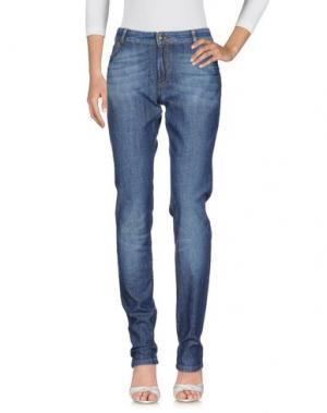 Джинсовые брюки BURBERRY. Цвет: синий