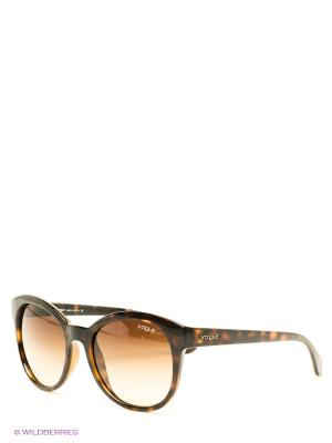 Очки солнцезащитные Vogue. Цвет: коричневый, темно-коричневый