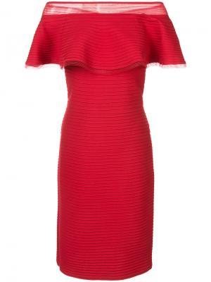 Ruffle off-shoulder dress Tadashi Shoji. Цвет: красный