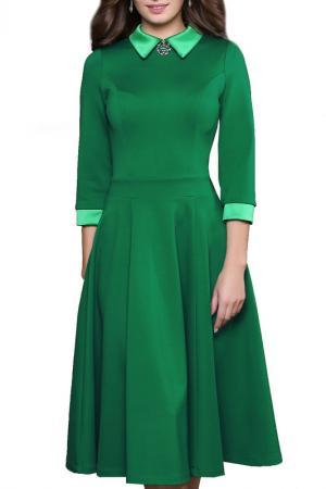 Платье с брошью, рукава 3/4, юбка-пятиклинка Grey Cat. Цвет: зеленый