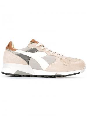 Кроссовки с панельным дизайном Diadora. Цвет: серый