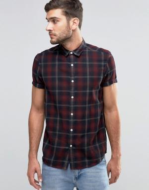 ASOS Рубашка классического кроя в клетку с короткими рукавами. Цвет: красный