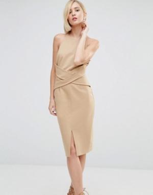 Lavish Alice Платье миди с запахом спереди и глубоким вырезом сзади. Цвет: бежевый