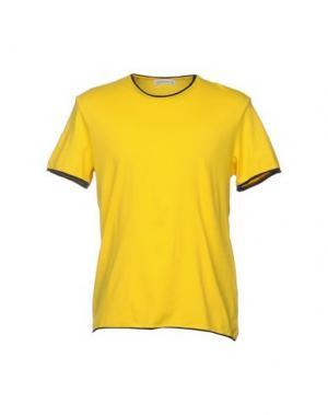 Футболка MANUEL RITZ. Цвет: желтый