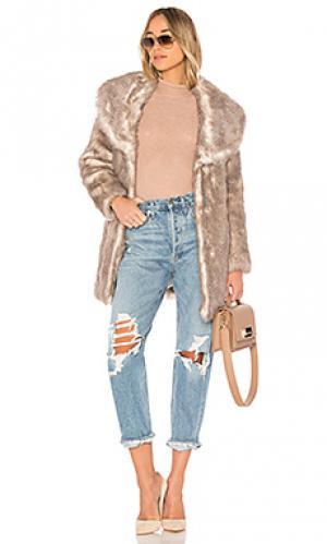 Длинное пальто elixir Unreal Fur. Цвет: серый