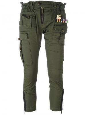Укороченные брюки Golden Arrow в стиле милитари Dsquared2. Цвет: зелёный