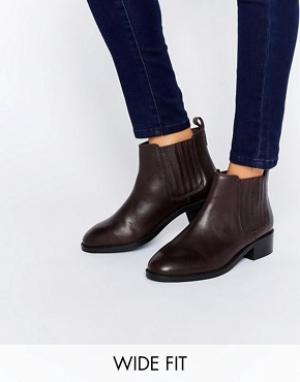 ASOS Кожаные ботинки челси для широкой стопы ABOUT TIME. Цвет: красный