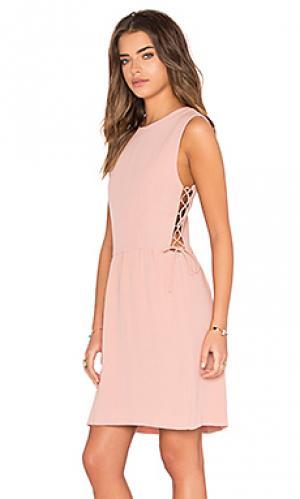 Мини платье со шнуровкой по бокам Hoss Intropia. Цвет: румянец