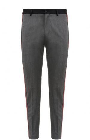 Укороченные брюки из смеси шерсти и хлопка с лампасами Dolce & Gabbana. Цвет: серый