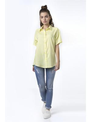 Блуза Sabotage. Цвет: желтый