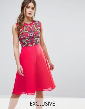 Frock and Frill Приталенное платье 2 в 1 с вышивкой. Цвет: красный