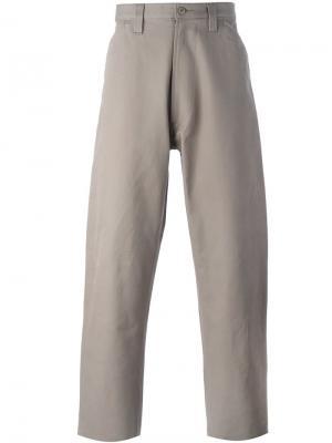 Широкие брюки Chore E. Tautz. Цвет: серый
