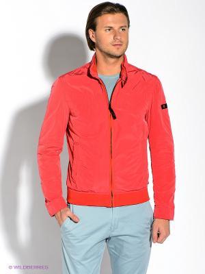 Куртка Strellson. Цвет: красный