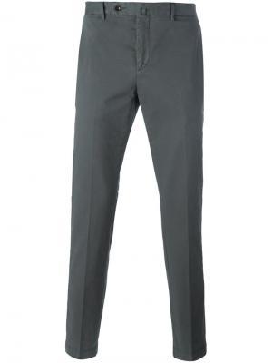 Узкие брюки-чинос Hackett. Цвет: серый
