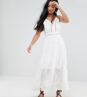 Parisian Petite Платье макси с вышивкой. Цвет: белый