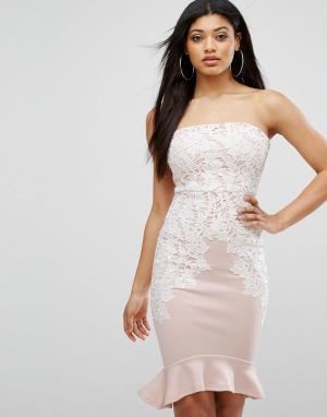 Lipsy Платье-футляр бандо с кружевной отделкой. Цвет: розовый