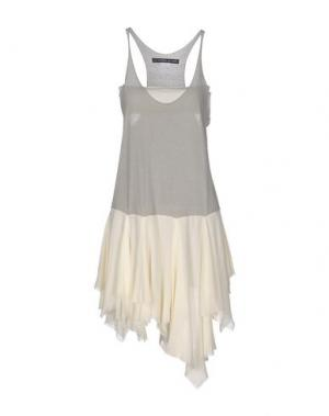 Короткое платье LES PRAIRIES DE PARIS. Цвет: серый