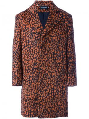 Пальто с леопардовым узором Misbhv. Цвет: жёлтый и оранжевый