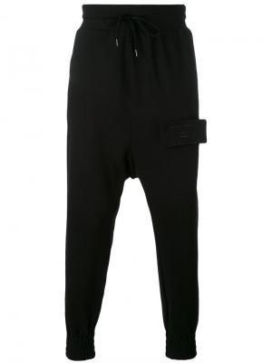 Спортивные брюки с заниженной проймой Odeur. Цвет: чёрный
