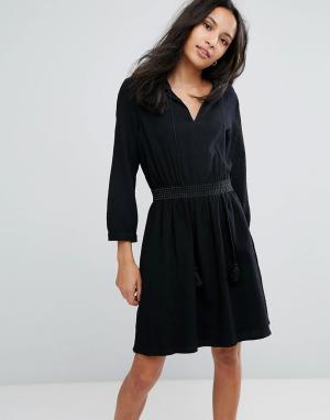 Deby Debo Платье с завязкой Manu. Цвет: черный