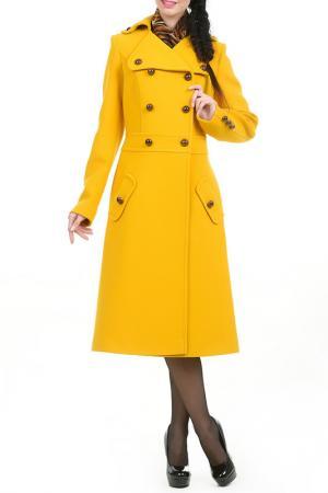 Пальто Каята LESYA. Цвет: желтый