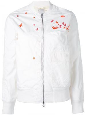 Куртка-бомбер  с вышивкой Maharishi. Цвет: белый