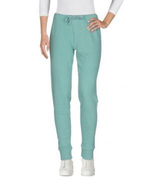 Повседневные брюки FRED PERRY. Цвет: зеленый