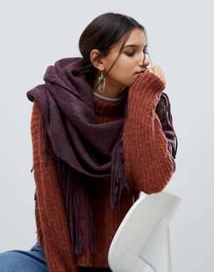 Pieces Длинный шарф с кисточками. Цвет: красный