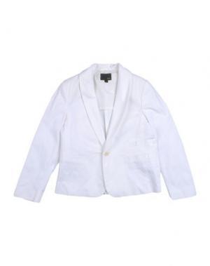 Пиджак FENDI. Цвет: белый