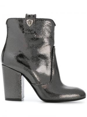 Металлические ботинки Strategia. Цвет: серый