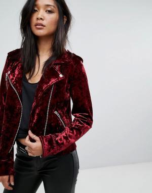 BLANK NYC Бархатная байкерская куртка. Цвет: красный