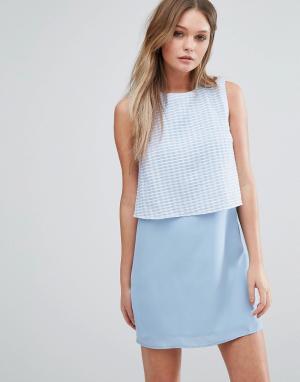 Jovonna Цельнокройное платье с накладкой на лифе Jovanna Girl Gang. Цвет: синий