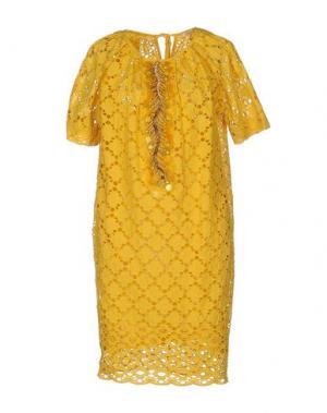 Короткое платье GOLD CASE. Цвет: желтый