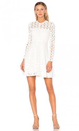Приталенное расклёшенное платье charlotte Lover. Цвет: белый