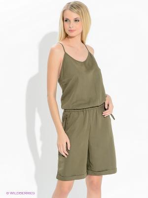 Комбинезон Vero moda. Цвет: оливковый